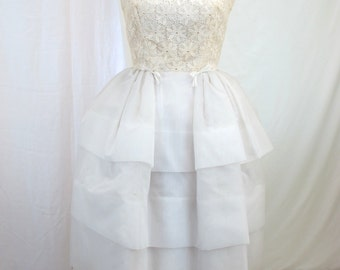 1960s White Lace Party Prom Dress