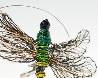 Dragonfly jewelry Draonfly brooch Dragonfly art Wire sculpture Insect jewelry Large brooch pin Green jewelry Statement jewelry Unique gift