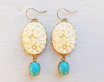 Cream Earrings/Turquoise Earrings/Flower Earrings/Rustic Wedding/Bridesmaid Earrings/Cream Flower Earrings/Ivory Earrings/Mother's Day Gifts