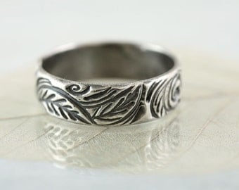Sterling Band Ring - Forest Wreath - Woodland leaves - Your Size