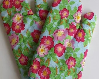 Mother's Day Gift Mod Floral Oven Mitt Pair, Pot Holders, Insulated, Quilted, Kitschy, Whimsical, Kitchen, Cooking