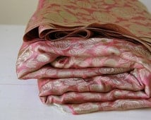 Pink rose vintage textile fabric/ large quantity sewing fabric/ floral fabric yardage/ 6 metres of fabric