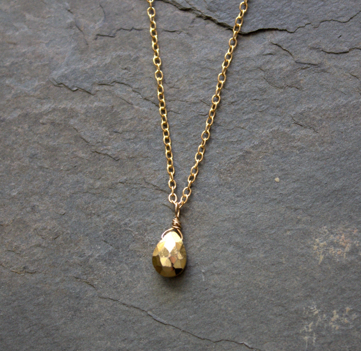 gold pendant necklace simple gold necklace gold necklace