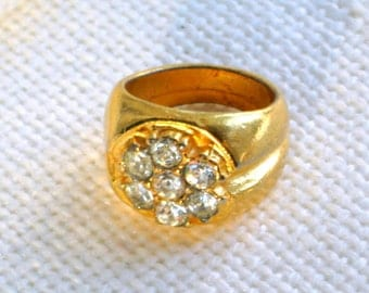 Vintage Ring Size 7 White Rhinestones 70s Costume Jewelry Wide