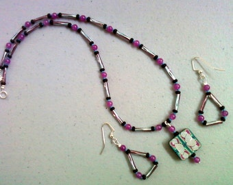 Magenta, Teal and Black Necklace and Earrings (0211)