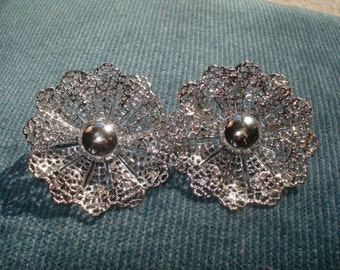 Large Vintage Clip On Silver Tone Chunky Flower Earrings