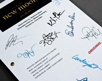 Twilight New Moon Film Movie Script with Signatures / Autographs Reprint Unique Gift