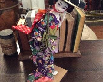 Vintage Musical/Dancing Kabuki Doll