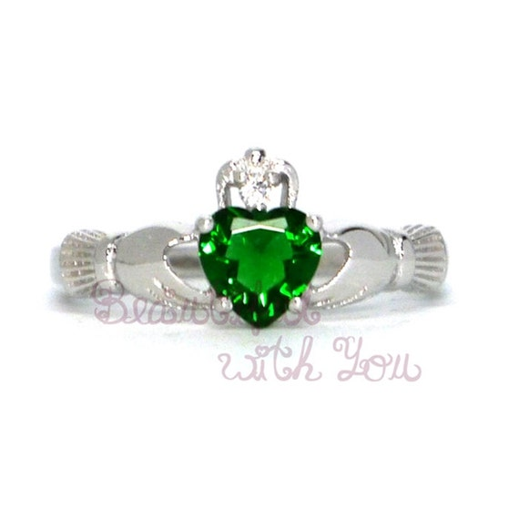 womens silver emerald claddagh promise by