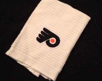 Philadelphia FLYERS   Dish Towel