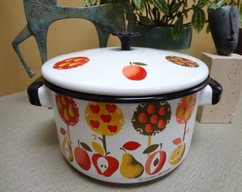 Vintage Georges Briard 2 Qt Enamel Stockpot - Fruit & Trees Dutch Oven (HTF Pattern) REDUCED
