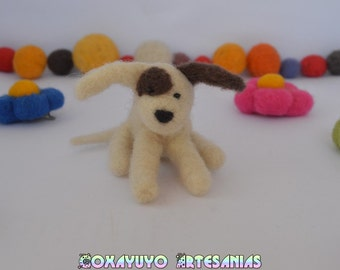 Needle felted miniature dog, dog felt, needlefelt, needle felting, handmade, Felted Sculpture, sheep wool