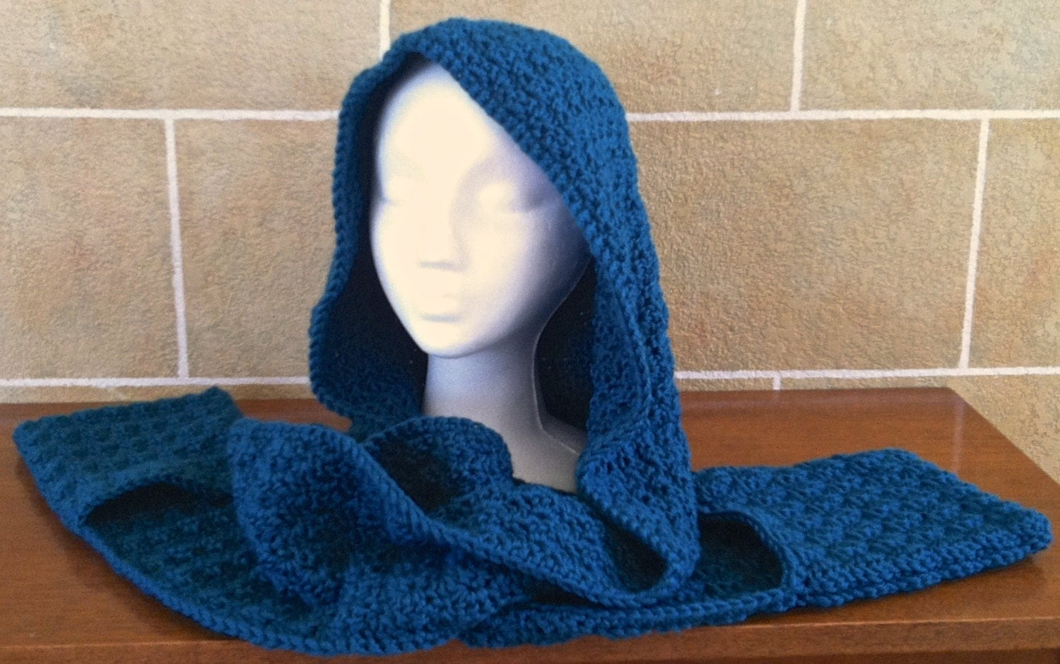 Knitting Pattern For Scarf With Hood And Pockets : hooded scarf: NEW 335 HOW TO CROCHET A HOODED SCARF WITH POCKETS