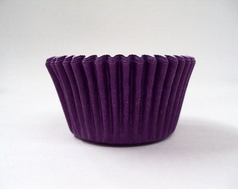 32 Purple Baking Cups