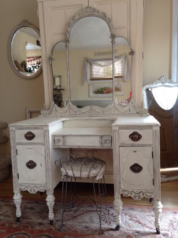 vintage bedroom vanity white distressed antique shabby chiccottage depression 13742