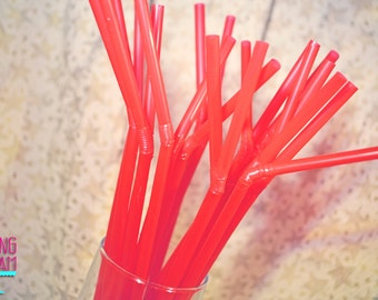 Set of 20 Plastic Bendy Straws - Red - Perfect for Valentine's Day!