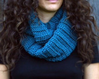 The Infinity Scarf