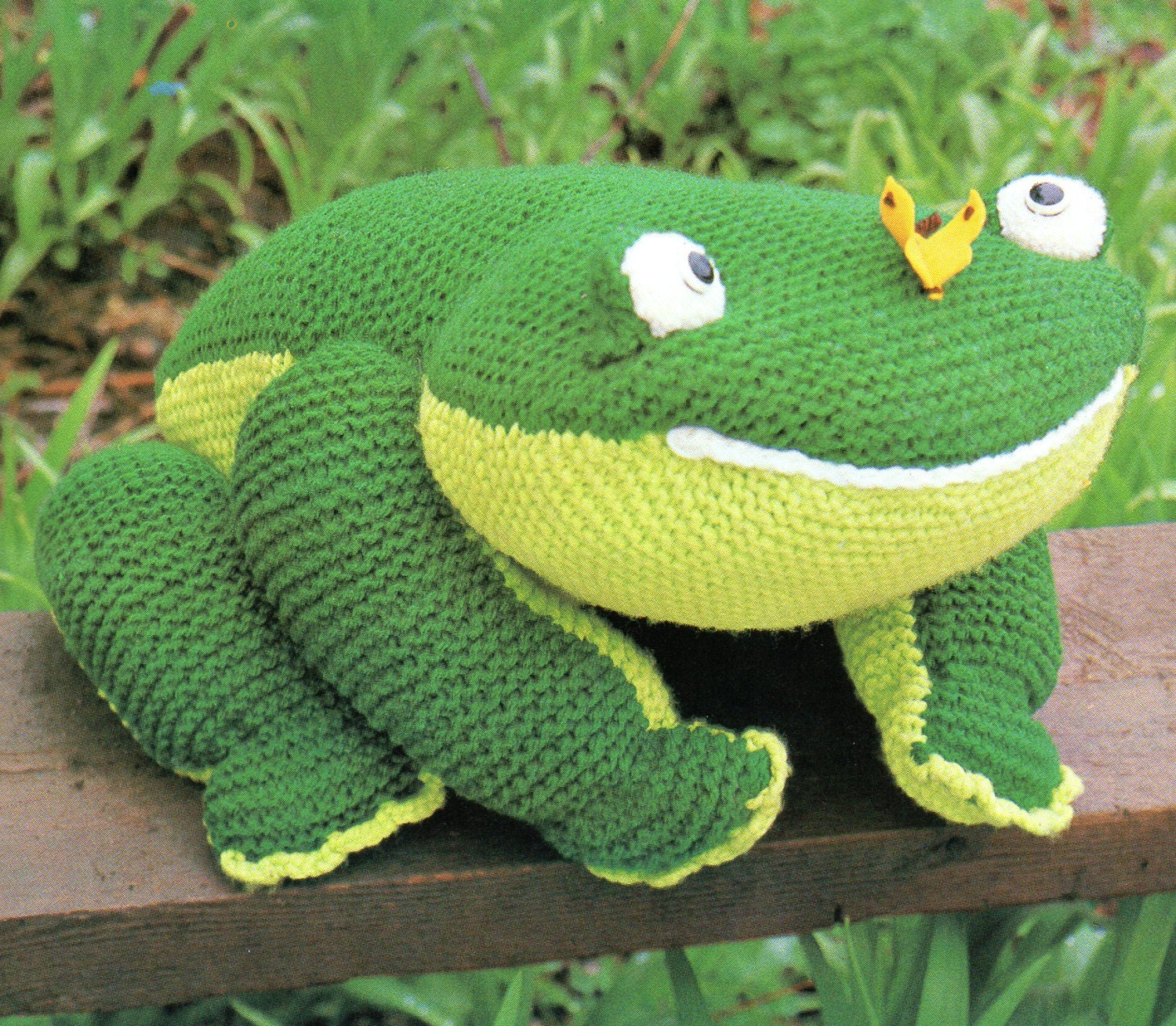 Knitted Frog Pattern : Large Amigurumi Frog Animal Toy Pillow for Baby Knit Pattern