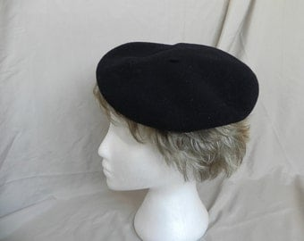 Vintage French Black Wool Beret