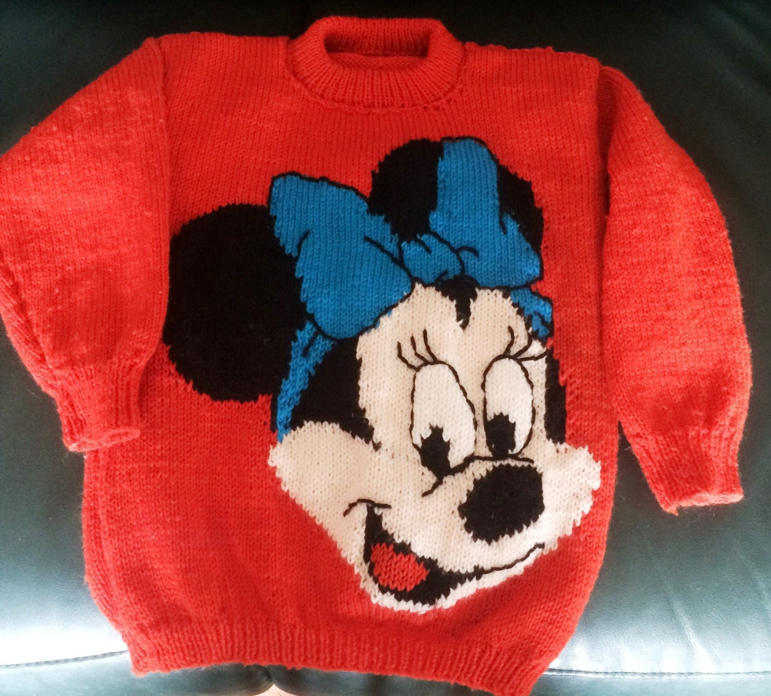 Minnie Mouse Jumper Pattern for children and adults