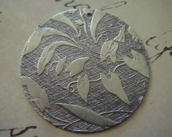 Antique silver brass embossed flower Lilly pendants 2 pc
