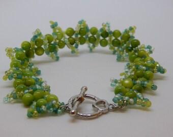Winding Ribbons Pearls Bracelet