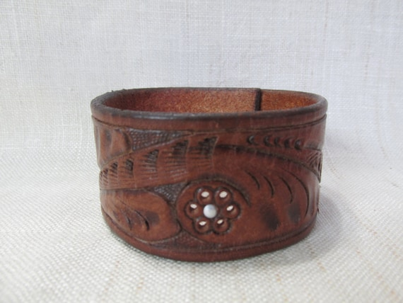 Leather cuff repurposed upcycled belt cuff by whitetailleather Repurposed leather belts
