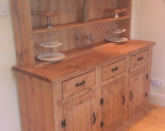 Solid PIne Dresser with an oak wax finish