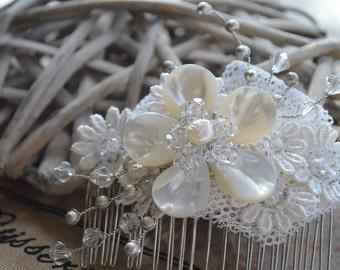 Vintage inspired bridal hair comb, vintage hair comb, bridal hair comb, wedding hair comb, bridal headpiece, wedding hair piece, bridal comb