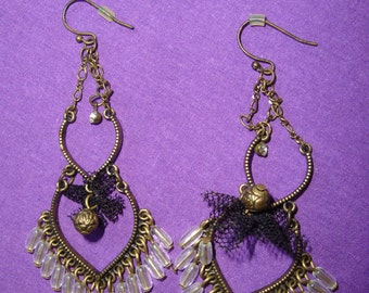 Ladies Vintage Black Antique Gold Tone Dangle Lace Beaded Chandlier Earrings