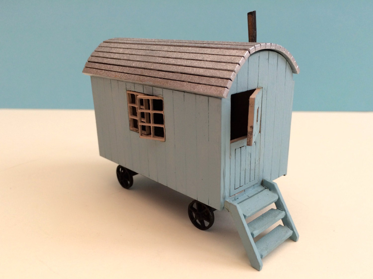 Shepherd Hut 1/48th Scale Kit Dolls House By SeasideMiniatures. Full resolution‎  snapshot, nominally Width 1500 Height 1125 pixels, snapshot with #BA7211.