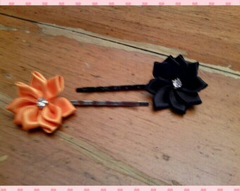 Bobby pins - set of 2 Halloween flowers
