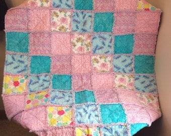Baby / Toddler Rag Quilt - crib size - very cute