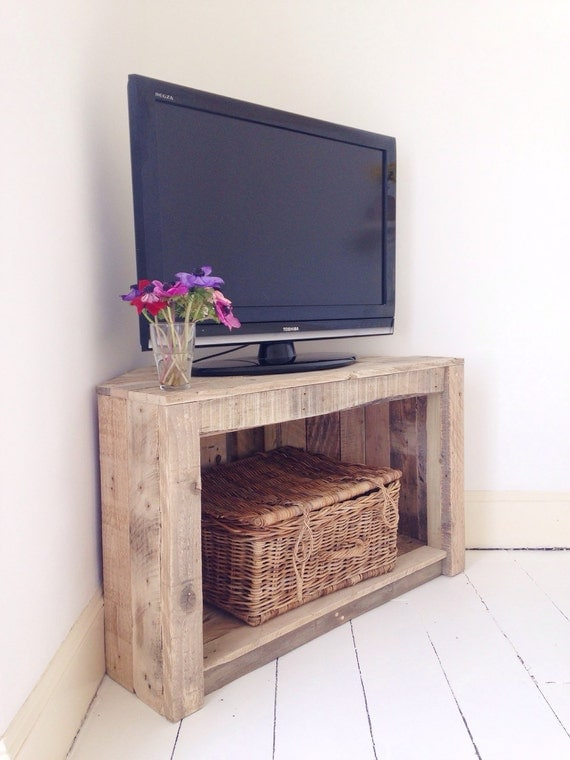 Handmade Rustic Corner TableTv Stand Reclaimed and recycled -> Table Tv En Coin
