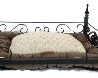 Handcrafted Wrought Iron Pet Bed with Pillow-CLEARANCE