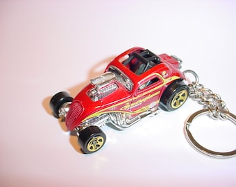 3D Fiat 500 C Hot Rod custom keychain by Brian Thornton keyring key chain finished in red/chrome color trim diecast metal