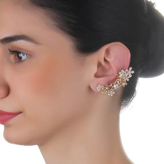 cartilage earring leaf cartilage earring gold by trinketmart