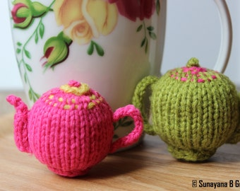 Alice's Adventures - Pink/Green Teapot Brooch, Alice in Wonderland Knitted Teapot Brooch, Handmade, Knitted Teapot Brooch, Novelty Brooch