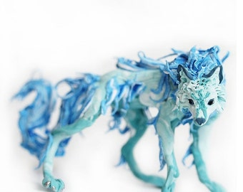 "Figurine wolf,turquoise wolf,wolf ""living water"",wolf statuette,wolf sculpture,wolf figurine"