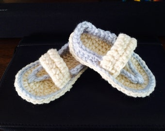 Crochet thong sandals