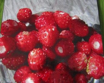 "Wild Finnish Strawberries, Wood Panel Photo, Frameless Wall Art, Fine Art Photo, Ready to Hang, 11,024"" x 13,976"" x 0,59055"" (28x35.5x1.5cm)"