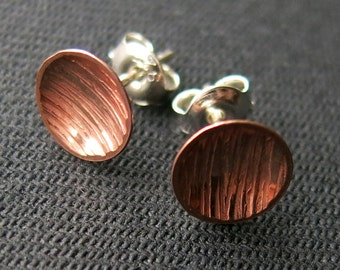 Earstuds, mini,  textured plate 9mm, copper