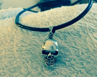 New skull pewter pendant on black leather necklace or suede