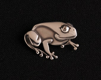 Frog Brooch sterling silver