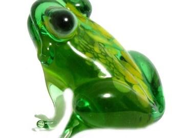 Glass Frog Hand-Blown Figurine (code 046)