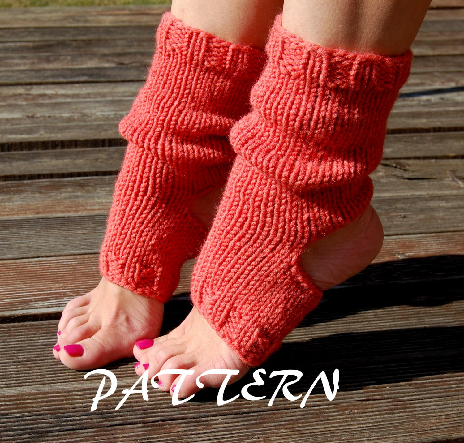 Knitting Pattern For Yoga Socks : KNITTING PATTERN : Knitted Yoga Socks Pattern