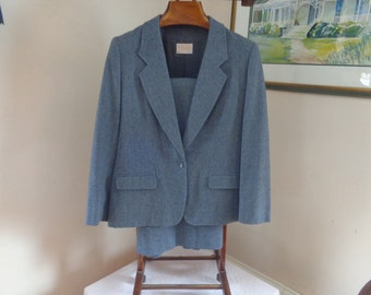Pendleton 100% Wool Gray Woman's Suit