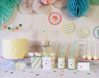 Party Decorations Package, just ready to use. Birthdays, Graduations, Showers, Retirement, First Communion, Baptism and others celebrations.