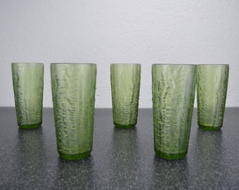 Textured Tall Drinking Glasses