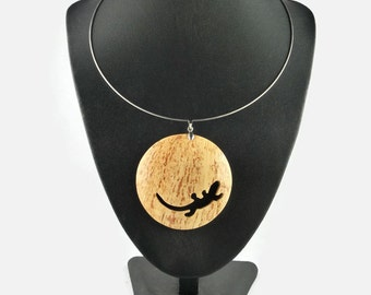 white coconut shell Necklace